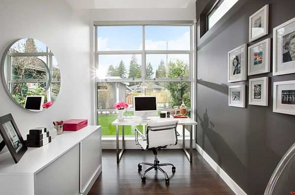 crystal-clear-office-corner-in-white-and-grey-with-the-reflecting-decor-and-wide-framed-glass-window