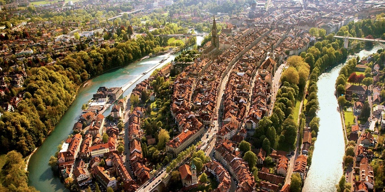 resized_750x375_750x375_altstadt-panorama